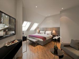 Crowne Plaza Berlin Potsdamer Platz - Executive Suite Bedroom