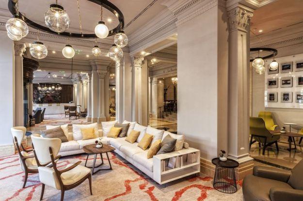 Ritz Carlton Budapest - Lobby